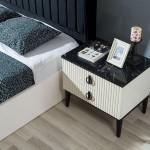 Stil Yatak Odası